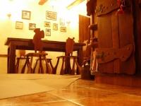 Трапезарии от масив - възрожденски стил