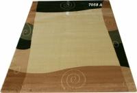 Гладък машинен килим в бежовата гама