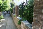 огради по поръчка от декоративен камък тип сух зид