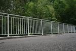 парапет от метал за мостове