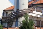 парапет за тераса от дърво и метал