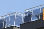 парапети за балкони от инокс и синьо стъкло