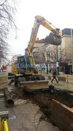 Scavo con escavatore