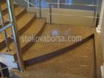 rivestimento con scale in marmo