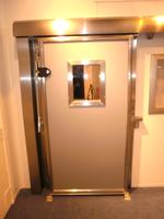 метална плъзгаща пожароустойчива врата